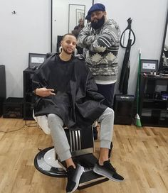 Got this from @barbershopconnect Go check em Out  Check Out @RogThaBarber100x for 57 Ways to Build a Strong Barber Clientele!  #nycbarber #barberconnection #newyorkbarber #girlbarber #brasilbarbers #barbercon #barbersalute #realbarbers #Barbershopconnectuk #barberlive #nybarber #nationalbarberassociation #DMVBarbers #GTABarbers #dcbarber #barberdts #ladybarbers #beautifulbarbers #arizonabarber #barbersconnect #barbersupplies #oldschoolbarber #OurBarberUK #vabarber #travelingbarber #azbarber…