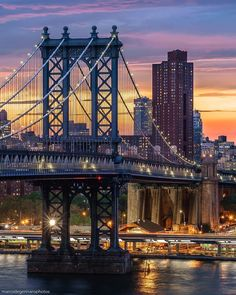 Manhattan Bridge by Marco Degennaro Photos  New York City Feelings  The Best Photos and Videos of New York City including the Statue of Liberty, Brooklyn Bridge, Central Park, Empire State Building, Chrysler Building and other popular New York places and attractions