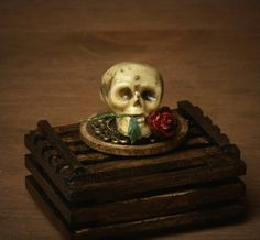 Creepy Miniature Skull for your Dollhouse by DinkyWorld on Etsy