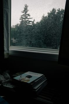 Jordantimothy: rainy day reads