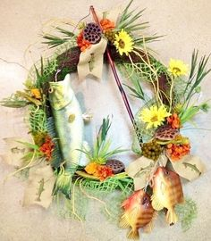 Gone fishing! The perfect wreath for that fisherman in your life, complete with pole and fish!