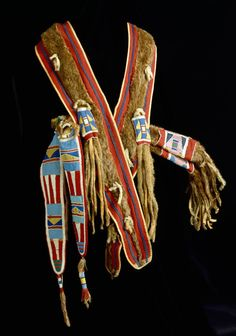 PEM | Native American Art « Collections : Quiver and Bowcase 1850 - 1875 : Crow ( Absoraka ) : Southern Montana / Northern Wyoming