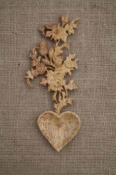 Thistle Love Spoon for a Scottish Wedding Carved Spoons, Wooden Spoons, Welsh Love Spoons, Scottish Thistle, Love Symbols, Sculpture Art, Wooden Sculptures, Furniture Inspiration, Hobbies And Crafts