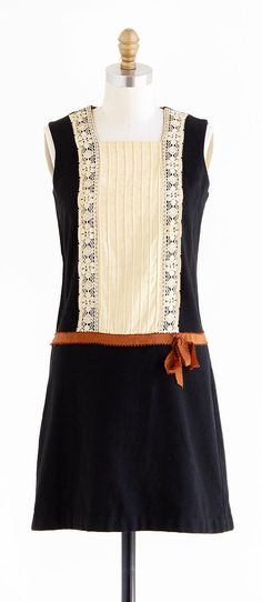 vintage 1960s black, rust, + cream flapper dress | assorted textiles | http://www.rococovintage.etsy.com