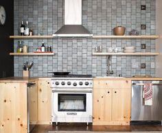 Heath Ceramics Layered Glaze tiles (Chalk-Gunmetal), with Eames House Number tiles (Museum Black) as an accent. Heath Ceramics Tile, Heath Tile, Kitchen Wall Tiles, Kitchen Backsplash, Backsplash Ideas, Apartment Therapy, New Kitchen, Kitchen Decor, Kitchen Magic