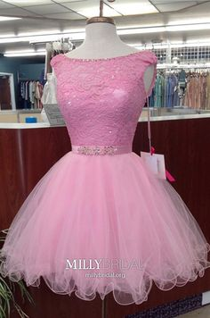 Pink Homecoming Dresses Short, Ball Gown Homecoming Dresses Modest, Lace Homecoming Dresses Elegant, Tulle Homecoming Dresses Cute Source by fansfavs dress vintage Vintage Homecoming Dresses, Vintage Formal Dresses, Dresses Elegant, Cheap Formal Dresses, Prom Dresses For Teens, Dresses Short, Party Dresses, Teen Dresses, Graduation Dresses