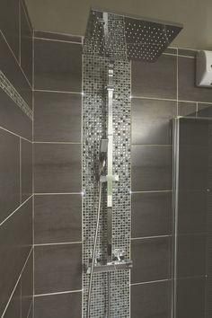 Emilies Dusche in Thumeries – diy bathroom ideas Farmhouse Bathroom Mirrors, Bathroom Layout, Bathroom Interior, Modern Bathroom, Small Bathroom, Budget Bathroom, Master Bathroom, Bathroom Ideas, Basement Toilet