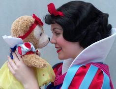 Snow White and her Duffy look-alike <3