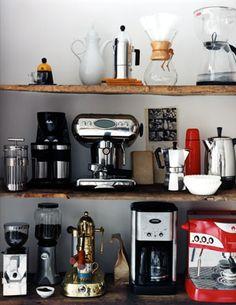 enticing coffee mania / photo: roland bello