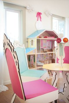 paper dollhouse party idea...everything is made with paper laser cutouts!