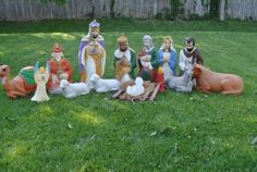 Nativity Blow Mold Made by. It Does Have Normal Scratches From Storing. Decorating With Christmas Lights, Outdoor Christmas Decorations, Outdoor Decor, Christmas Holidays, Christmas Ideas, Blow Molding, Mold Making, Vintage Christmas, Nativity