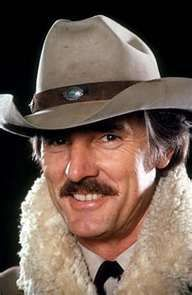 DENNIS WEAVER Famous Men, Famous Faces, Famous People, Easy Listening, Hollywood Stars, Classic Hollywood, Hollywood Photo, Hollywood Icons, Hollywood Actresses
