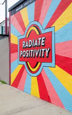 mural art Travel Guide, Nashville: East Nashville and Germantown - Heather Bien Murals Street Art, Street Art Graffiti, Mural Art, Wall Murals, Graffiti Artists, Pintura Hippie, School Murals, Chalk Art, Graphic
