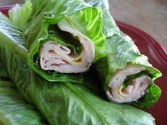 Turkey Wraps serves 1 4 romaine lettuce leaves 4 oz fat-free deli turkey meat, no sugar added Mustard Wash and dry the lettuce and remove hard stems. Divide the turkey between the leaves, squeeze on some mustard and roll, securing with a toothpick if necessary. Serve with fresh tomato wedges, green onions, and dill pickles.