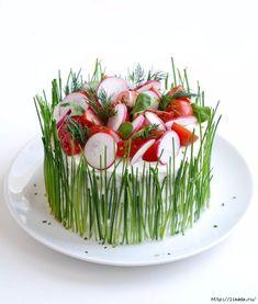 Морской торт, с копченым лососем и вареными яйцами. рецепт приготовления