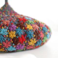 toadstool beret by dadaya (etsy) http://www.etsy.com/shop/dadaya #woolen #embroidery #sewing