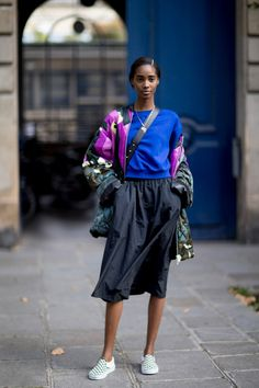 Paris Fashion Week Street Style Spring 2018 Day 2, Runway, Womenswear Collections at TheImpression.com - Fashion news, street style, models, accessories