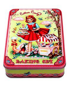"""Cupcake Baking Set  Un kit muy mono para crear deliciosos pastelitos """"cupcakes"""".  Best present ever!"""