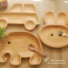 Kid's plate - by Moi Natural ahhh I'm buying them all they are sooooo cute. I hate normal kids plates. Kids Plates, Baby Plates, Wood Toys, Wood Kids Toys, Wooden Baby Toys, Baby Kind, Wood Carving, Wood Projects, Welding Projects
