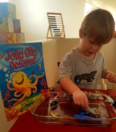 Bookish play General Knowledge Facts, Blue Food Coloring, Small World Play, Oceans Of The World, Learning Through Play, Sea Creatures, Disney Frozen, Octopus, Kids Playing
