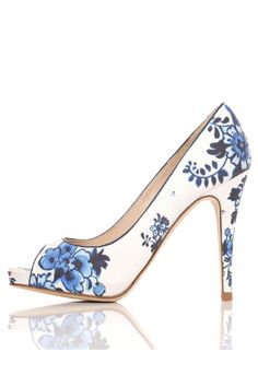 my sudden blue floral pattern obsession: now on shoes. am I doomed yet? (probably...)