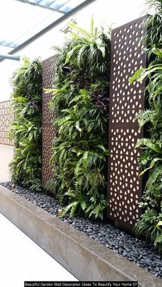 beautiful side yard and backyard gravel garden design ideas 2 Garden Wall Designs, Vertical Garden Design, Vertical Gardens, Fence Design, Patio Design, Backyard Pergola, Backyard Landscaping, Backyard Ideas, Gravel Garden