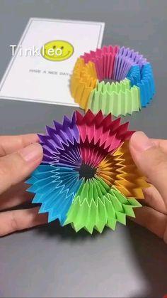 Diy Crafts Hacks, Diy Home Crafts, Diy Arts And Crafts, Creative Crafts, Fun Crafts, Cool Paper Crafts, Stick Crafts, How To Make Crafts, Diy Crafts With Paper