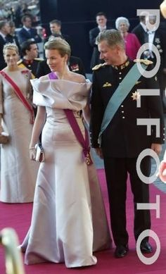 Queen Mathilde of Belgium wore her Diamond Laurel Tiara for the pre-wedding Opera Performance of Crown Prince Frederik of Denmark and Mary Donaldson on May 13, 2004.