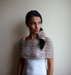 Capelet PDF crochet pattern - Infinity circle scarf shrug lace loop - DIY tutorial - Quick and easy gift