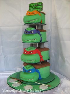 Teenage Mutant Ninja Turtles Cake... Neat but wow that's a lot of cake