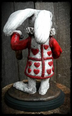 Escultura de encargo pedido blanco conejo de Alicia por Griffinwyse