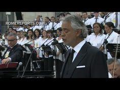 """Andrea Bocelli canta emocionante """"Panis Angelicus"""" en la plaza de San Pedro - YouTube"""