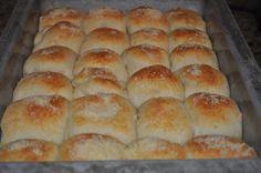 Breadmachine: Beth's Favorite Recipes: Garlic Cheese Rolls for Bread Machine Recipe