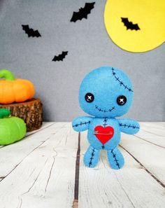 Decoraciones de Halloween vudú muñeca peluche Kawaii por BelkaUA