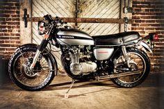 1974 Honda : CB 550 Restoration