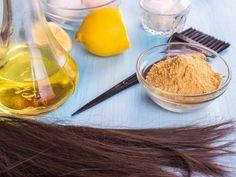 Tres mascarillas caseras para el pelo estropeado El DIY está de moda. ¿Te animas a preparar una cura para tu melena? Aquí tienes 3 recetas sencillas y efectivas para que tu pelo brille como nunca.
