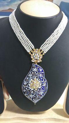 Crafting incomparable India Jewelry, Gems Jewelry, Photo Jewelry, Women Jewelry, Fashion Jewelry, Pendant Set, Gold Pendant, Sunita Shekhawat, Rajputi Jewellery