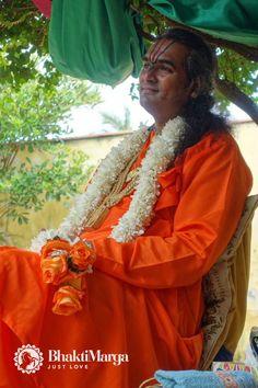Paramahamsa #Vishwananda gave an inspiring Satsang in Florianopolis on the 2nd day of the Brazil Tour. https://twitter.com/Vishwanandaji1