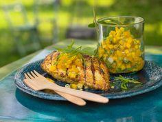 Mariniertes Tandoori-Hähnchen - mit Mango-Melisse-Chutney - smarter - Kalorien: 302 Kcal - Zeit: 1 Std.   eatsmarter.de