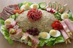"""huzarensalade (potato, meat and fresh vegetables salad), in Brabant we call it """"koude schotel"""". I make it often, our potato salads are a complete meal. Salad Recipes, Snack Recipes, Healthy Recipes, Typical Dutch Food, Dutch Recipes, English Food, Vegetable Salad, Fresh Vegetables, High Tea"""