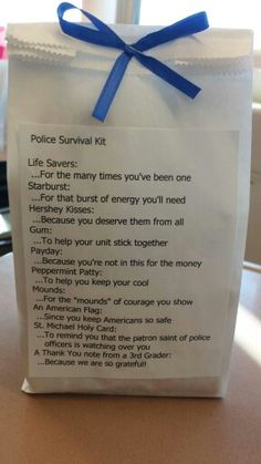 St Theresa of Avila School in West Roxbury, Massachusetts made these for their local officers. What a great/thoughtful gesture and lesson in respecting LEOs. Wish more of society would do this instead of teaching to hate law enforcement. Service Projects For Kids, Community Service Projects, Service Ideas, Community Helpers, Police Officer Gifts, Police Gifts, Kindness Projects, Blessing Bags, Activity Days