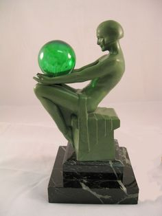 Le Verriere Art Deco Lamp