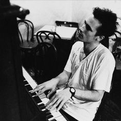 Jeff Buckley | Listen and  Stream Free Music, Albums, New Releases, Photos, Videos