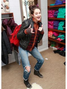 Shailene Woodley being factionless?? :P
