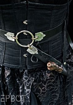 EPBOT: Amazing- Death Eater Costume----- Need a tutorial for the Wand holster,  please!!!! @Cakewrecks @epbot