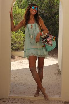 turquoise and that tote!