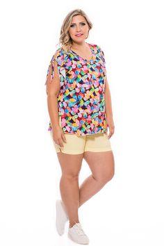 Elasztikus, gumis derekú, tűzésekkel díszített nem túl rövid nadrág.Nagyobb méretekbenis elérhető, csinos fazon, ami nem láttatja a narancsbőrt sem! Clothes 2019, Summer Clothes, Summer Outfits, Southern Prep, Style, Fashion, Summertime Outfits, Swag, Moda