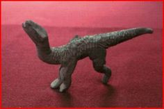 Acambaro Iguanodon ( again, good article on dinosaur like depictions in ancient art) Dinosaurs Live, Indigenous Knowledge, Before The Flood, Mammals, Reptiles, Animal Faces, Sculpture Clay, In The Tree, Ancient Art