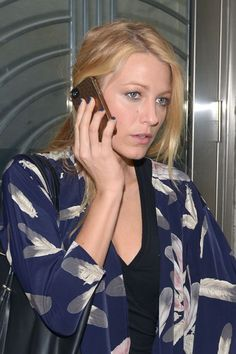 #BlakeLively spotted leaving a building in NYC on September 4, 2012, wearing the Ciatè Velvet Manicure