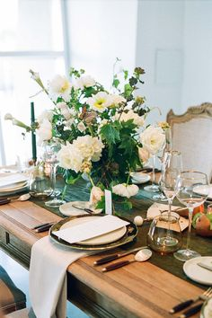 La Tavola Fine Linen Rental: Velvet Fern Table Runner with Velvet Oatmeal Napkins | Photography: Krista Mason, Tabletop & Event Host: borrowed BLU, Design: By Maher Haroun, Furniture: Found Rentals, Venue: The Modern Long Beach, Catering: 24 Carrots Catering & Events